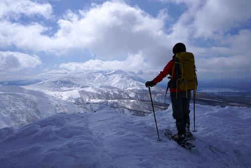乳頭山へスノーシューで